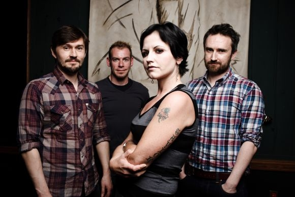 2-The_Cranberries_pornesc_turneu_K2LyevlCw.jpg