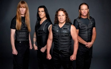 MANOWAR canta maine in platoul 'TV Total' Germania