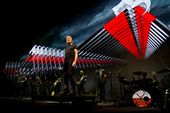 Golden Ring este sold-out pentru concertul Roger Waters - The Wall