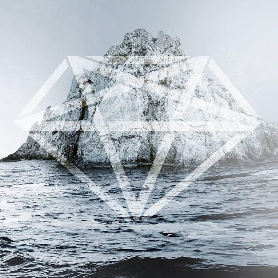 Diamonds Are Forever continua seria de concerte de promovare a albumului