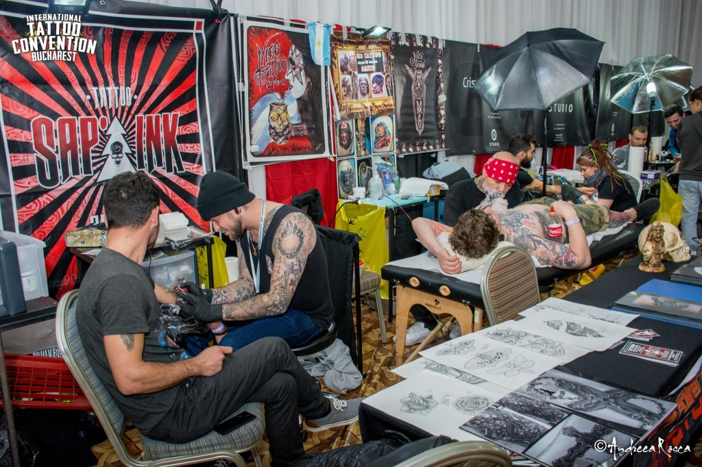 (2) InternationalTattooConvention..._SyGOZ7JjFs.jpg