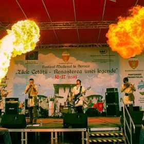 Trupa Harmasar va concerta in Romania