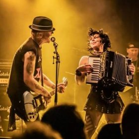 Concert The Mahones si The Dockers în club Capcana
