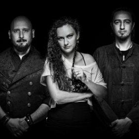 Trupa Bucium lansează videoclipul piesei Vânător, un nou single de pe albumul Zimbrul Alb