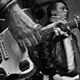 Galerie foto Keira Is You si Fluturi pe Asfalt in Flying Circus Pub , 21.03.2012, Keira Is You