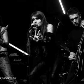 Galerie Foto Theatres des Vampires, JTR Sickert, Tiarra, Lunocode in Wings Club Bucuresti, 19.04.2012, Lunocode