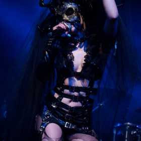 Galerie Foto Theatres des Vampires, JTR Sickert, Tiarra, Lunocode in Wings Club Bucuresti, 19.04.2012, Theatres des Vampires