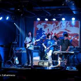 Galerie Foto QuantiQ si Blue Pulse in Ageless Club, 17.08.2012